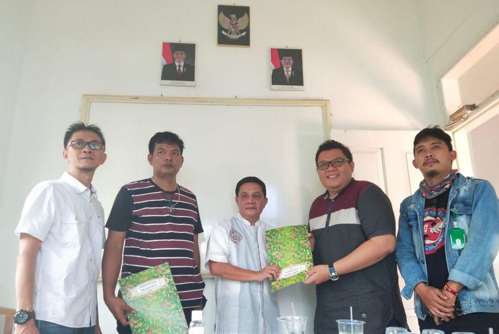 SMSI Provinsi Serahkan SK Pengurus SMSI Kabupaten/Kota Se-Provinsi Jambi