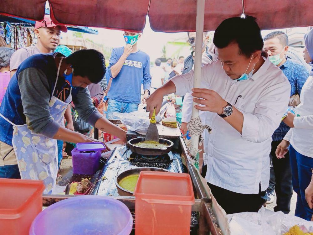 Singgah di Pasar Berau CNG, Al Haris Dikerumuni Emak-Emak
