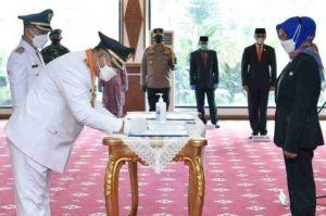 Pj Gubernur Lantik Hamas-Apri sebagai Bupati dan Wakil Bupati Bungo Periode 2021-2024