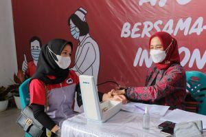JNE Jambi Vaksinasi Ratusan Karyawan dan Warga di Kelurahan Sulanjana, Gratis!!